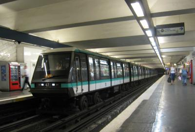 Transporte ferroviario con rodadura neumática. El metro de Paris.